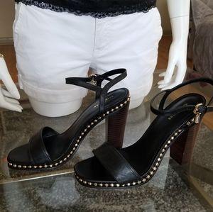 💥Sale💥New! Elegant COACH Beaded Sandals.